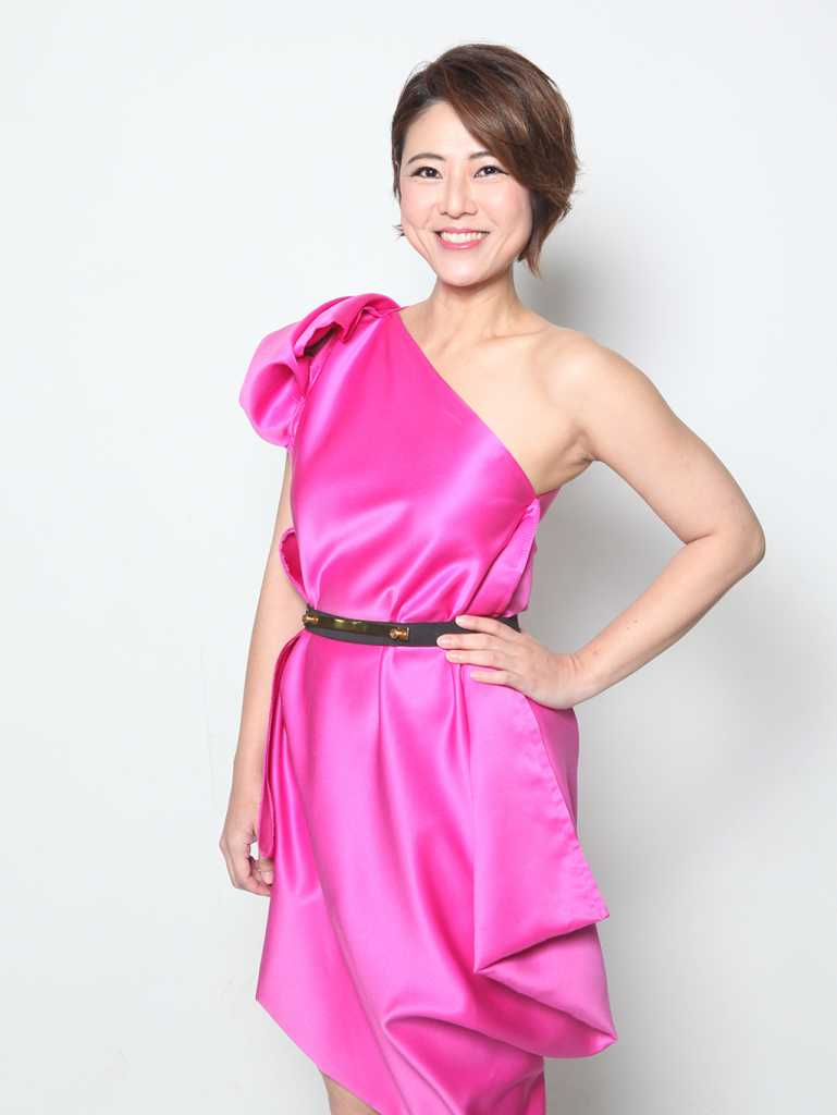 Star Awards 2015 - Cynthia Koh: Zenchi Pink Dress